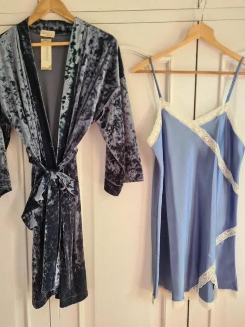 Kimono terciopelo azul oscuro